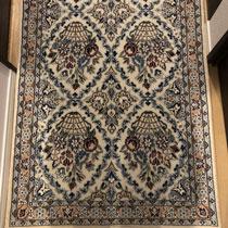 ナイン産 ペルシャ絨毯 57000円