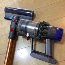 ダイソン V10 掃除機 27000円